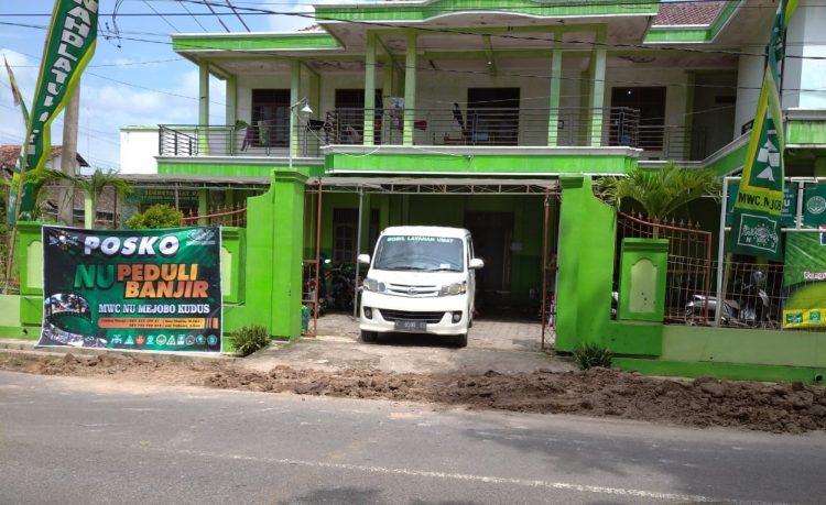 Posko MWC NU Peduli Banjir Mejobo